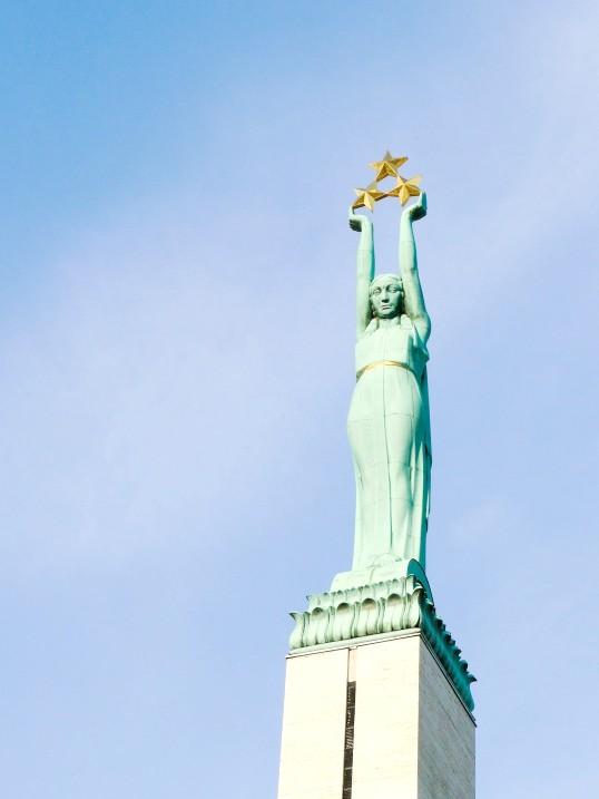 Як отримати громадянство Латвії