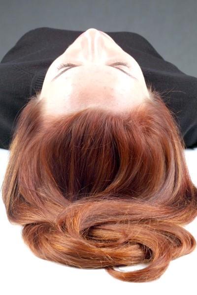 Як вирівняти колір волосся